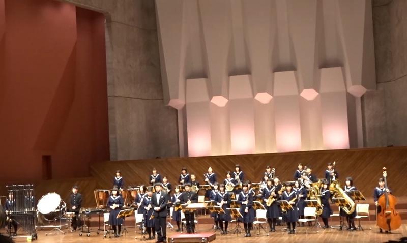この秋から冬にかけて取り組んだ「交響的断章」を演奏しました