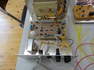 電気機器組立6