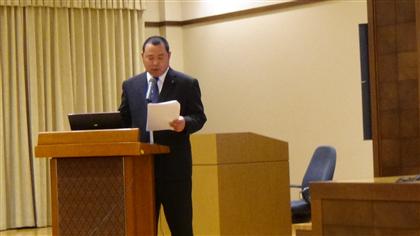 松村研究主任の報告とほとばしる汗