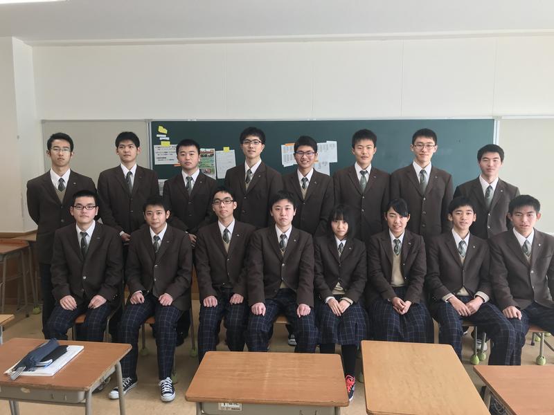 合格した生徒たち